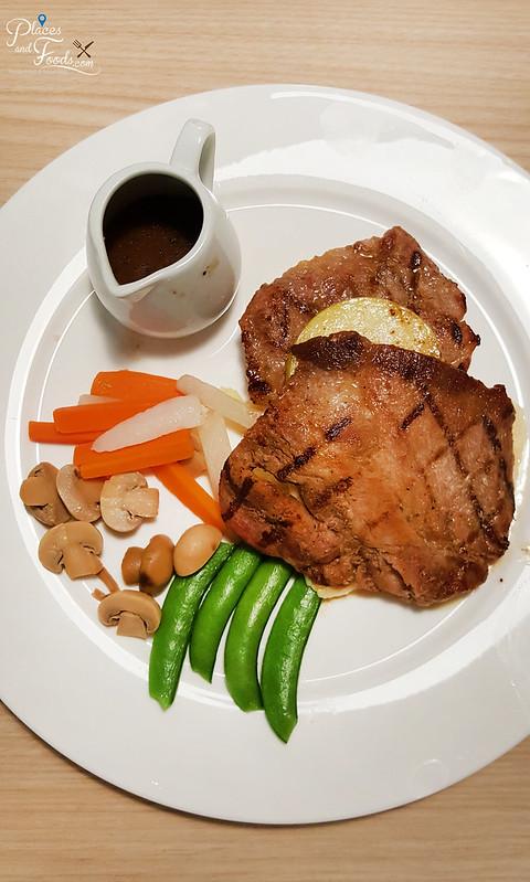wayne cafe sri petaling pork chop