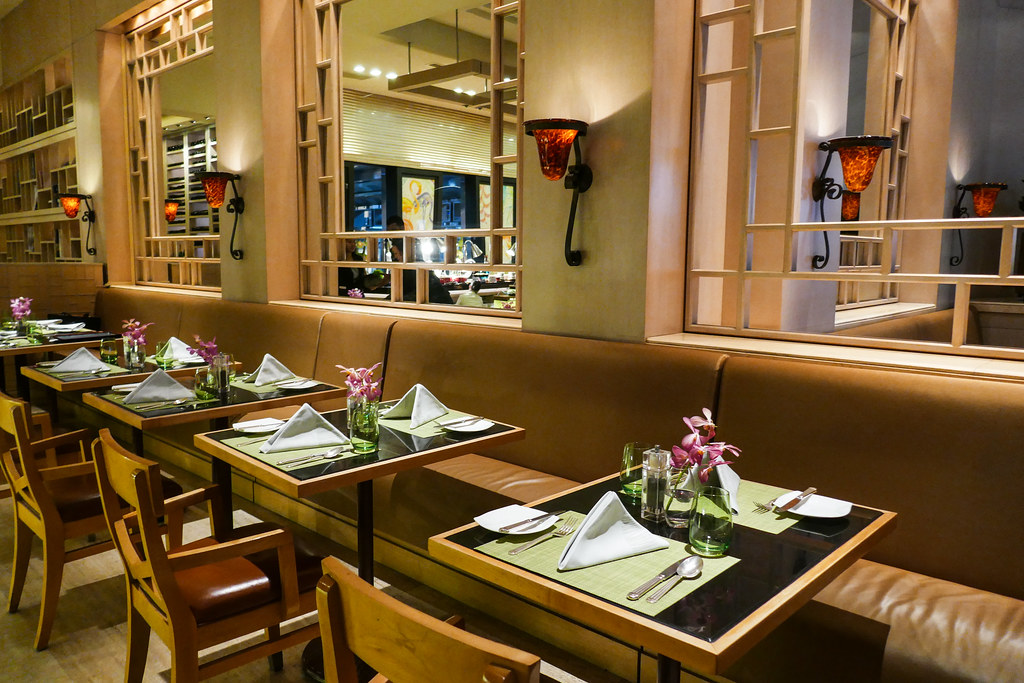 康拉德百年新加坡:奥斯卡一对一自助晚餐