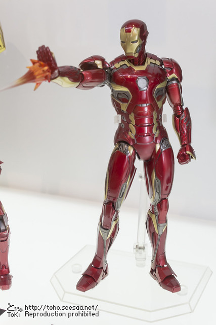 MEDICOM_TOY_20th_iron-2