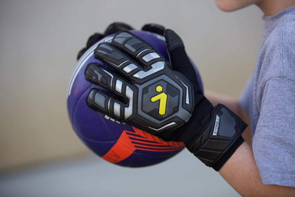 Storelli Goalie Gloves