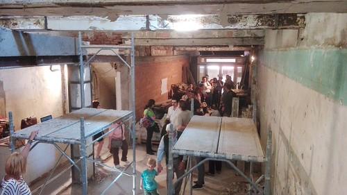 Incontro della comunità nel nuovo locale in ristrutturazione (Maggio 2016)