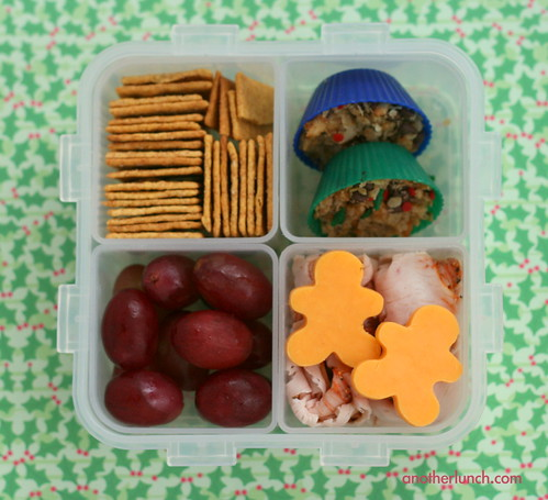 Christmas Lock and Lock bento box | by anotherlunch.com