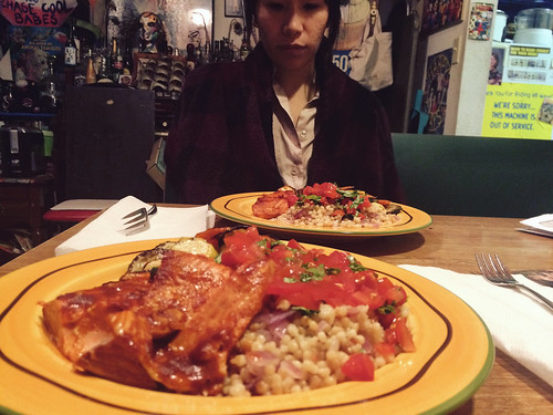 Barbecue Garlic Salmon Dinner with Ana (June 4 2015)