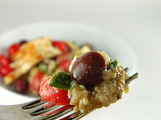 Quinoa & Chicken Greek Salad | by Perry's Plate