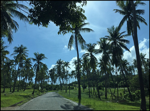 Road to Laem Ka Beach