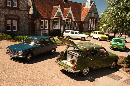 1970's estate car photo shoot, my SAAB 95 at the front. | by john-saab