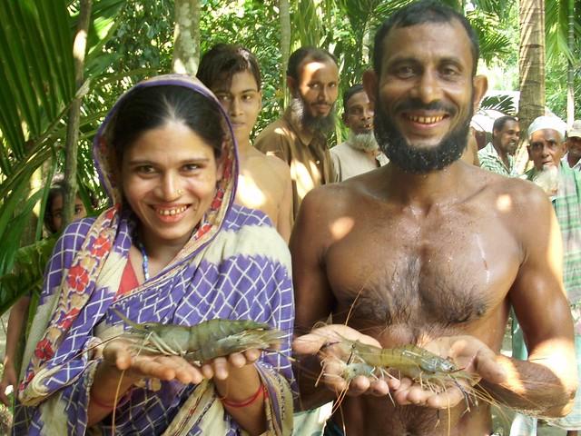 Prawn farmers. Photo by WorldFish, 2007.