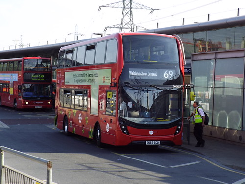 Tower Transit DH38501, SN65ZGO at Canning Town on route 69