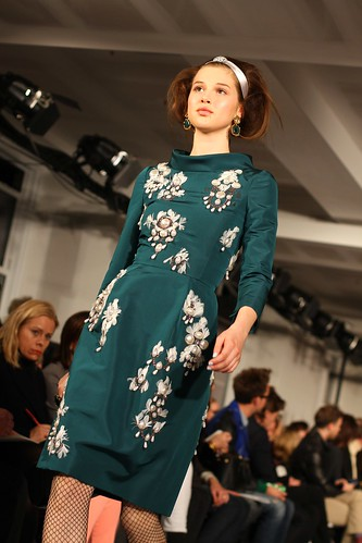 Oscar de la Renta F-W 2012 109 | by rachel.photo