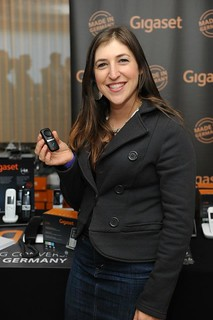 "Mayim Bialik from ""Big Bang Theory"" with the Gigaset L410 
