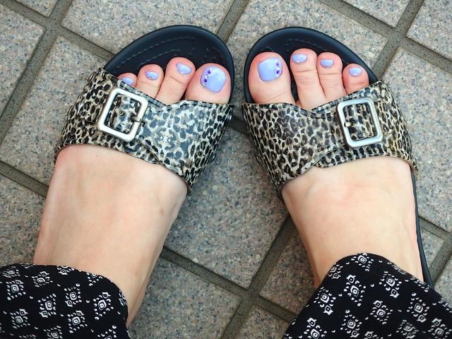 crocs sarah leopard sandal w 口コミ