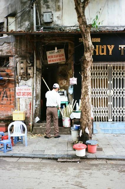 {Hanoi - on the street 4}