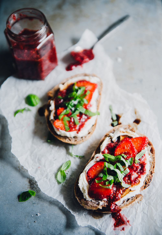 Strawberry Balsamic Chia Jam, Goat Cream Cheese & Basil on Sourdough | Cashew Kitchen
