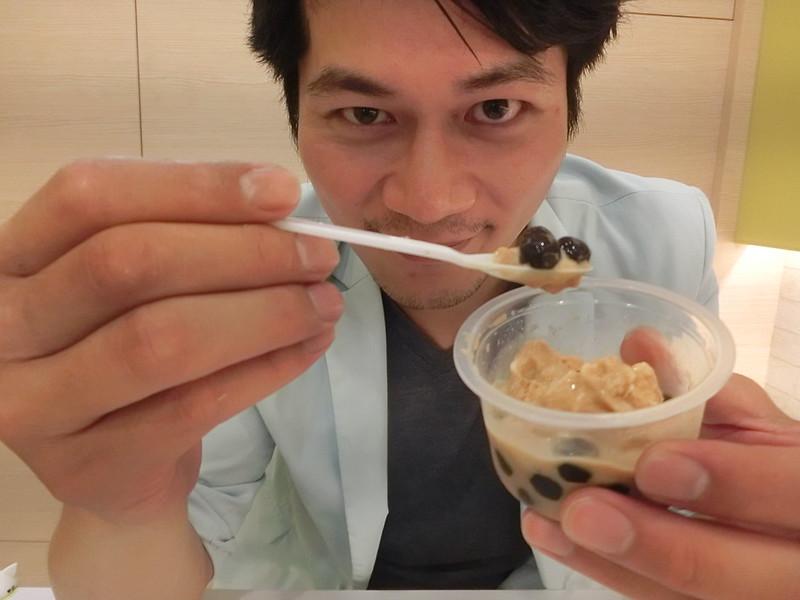 樂華夜市-船來雪淇淋-17度c隨拍 (22)