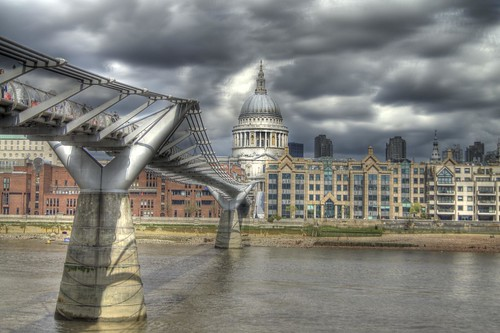 St Paul's Cathedral from the Tate Modern | by Chris _E78
