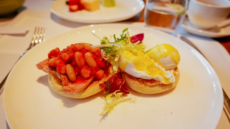 28002138901 0f35696dd4 c - REVIEW - Cathay Pacific: The Pier First Class Lounge, Hong Kong (Breakfast service)