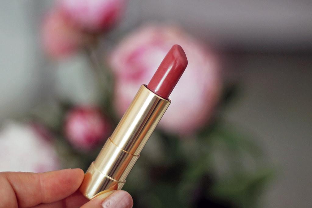 beauty-beautyblog-monatsfavoriten-juni-bareminerals-benefit-primer10