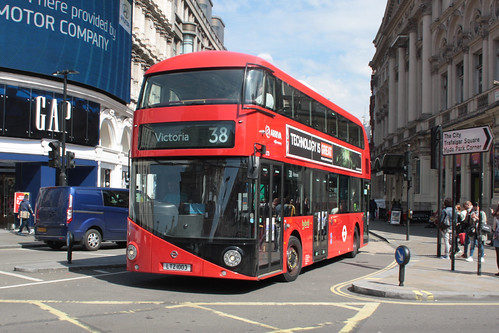 Arriva London North LT3