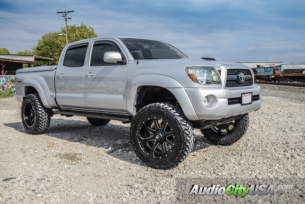 2012 toyota tundra trd 20 fuel wheels maverick d538. Black Bedroom Furniture Sets. Home Design Ideas