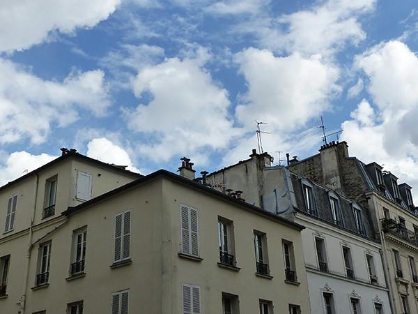 le ciel est par-dessus les toits