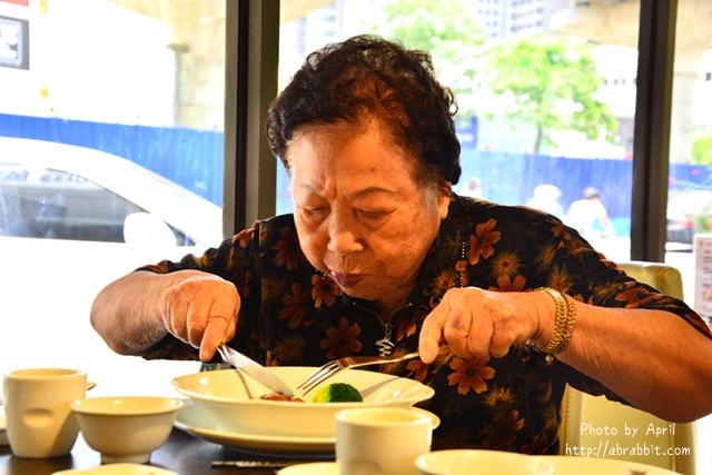 28348056045 1be4a583b2 z - 【熱血採訪】[台中]香港阿杜婚宴會館--個人套餐新推出,想吃港式烤鴨,不必呼朋引伴囉!@文心路