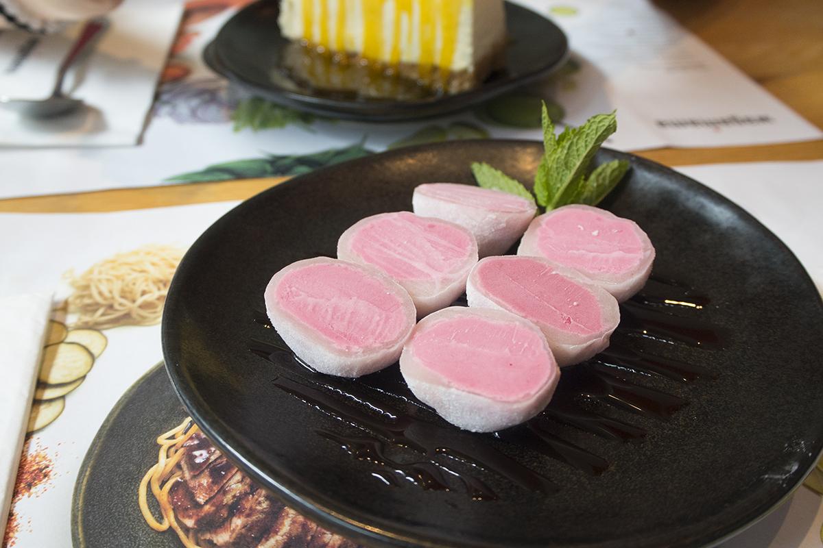 raspberry-mochi-wagamama