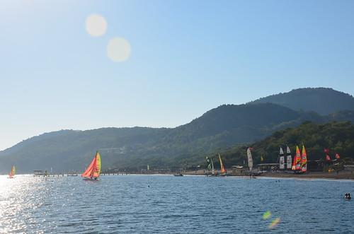 Segelschule am Strand von Sarigerme
