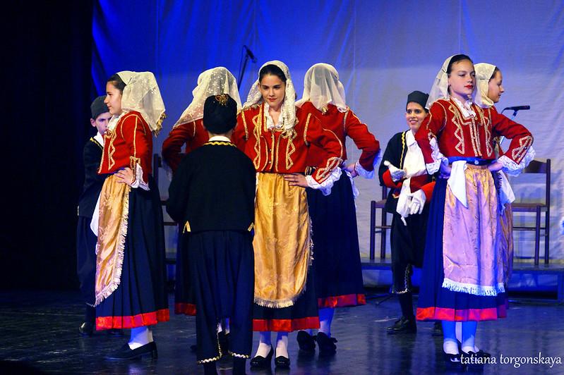 """Традиционный бокельский танец от KUD """"Igalo"""""""