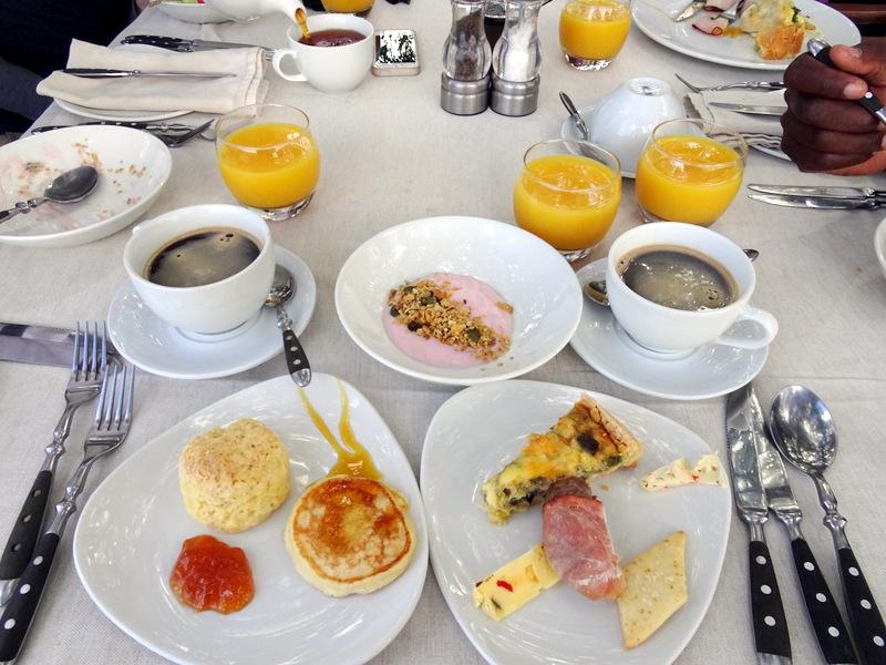 Lion Sands Safari Day 3- Breakfast at Inkwazi Hide-006