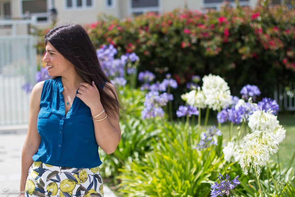 leomon print skort, teal blouse, jeweled sandals-7.jpg