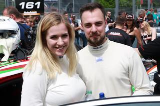 Lena und Robin Strycek mit dem Opel Astra OPC beim 24-Stunden-Rennen auf dem Nürburgring 2016