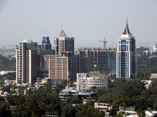 1024px-UB_City,_Bangalore