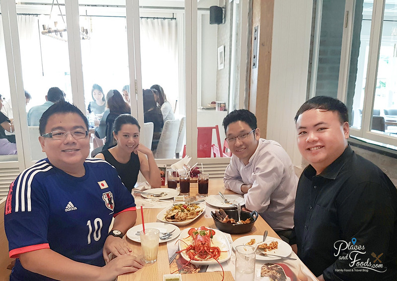 savoey seafood co sukhumvit 26 places and foods