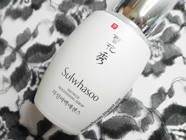 Sulwhasoo Snowise Brightening Serum Review Bottle