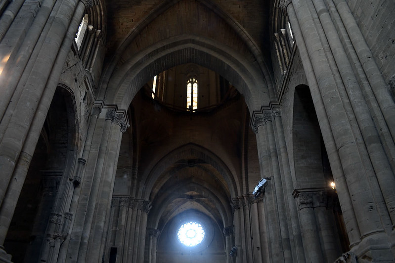 Combinando románico con gótico.