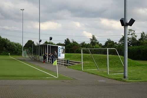 Verein der Sportfreunde Nievenheim 0:4 TSV Meerbusch