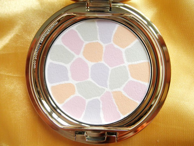 Albion Elegance Face Powder  Shade 1