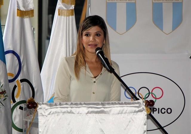 Conferencia de prensa Carrera del Día Olímpico 2016