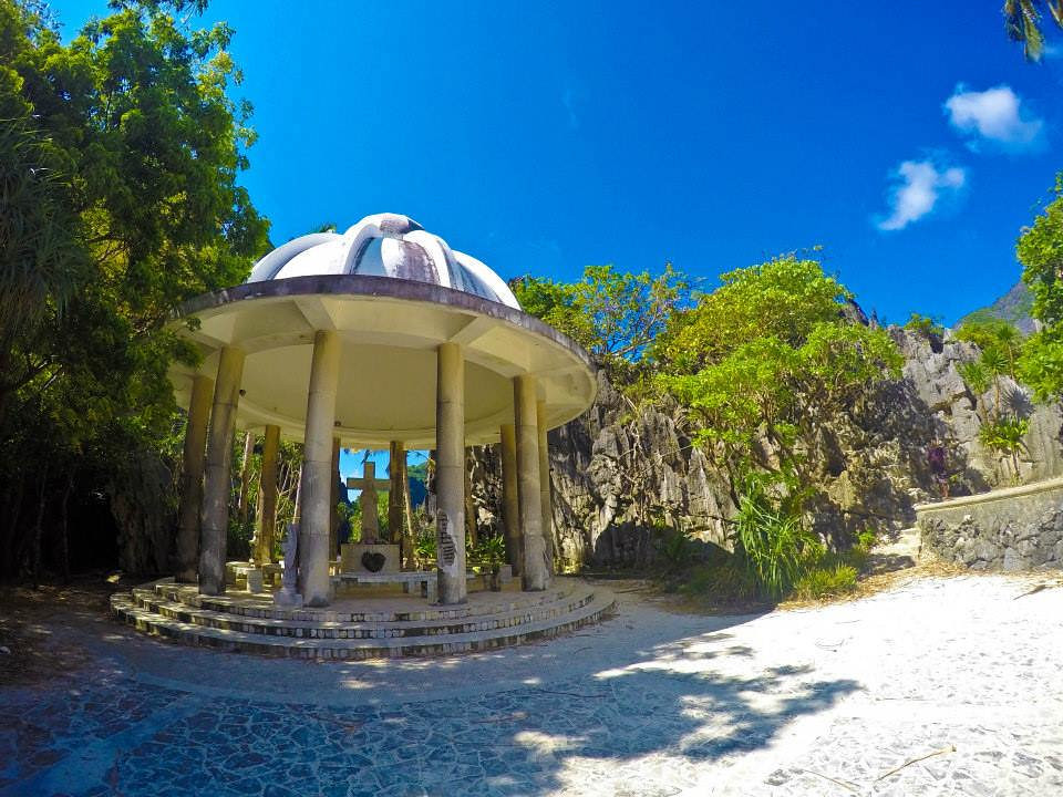 El Nido Matinloc Shrine - Copyright Travelosio