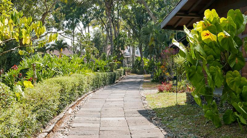 27489253973 2c1d923080 c - REVIEW - Mesastila Resort, Central Java (Arum Villa)