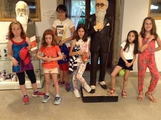 Club infantil de lectura, excursión á casa-museo Valle-Inclán, en Vilanova