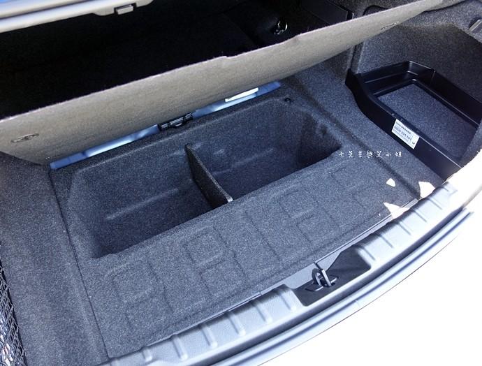 60 BMW 3系列運動房跑車