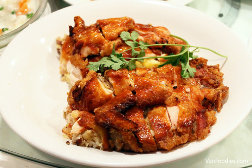 Chicken with Sticky Rice 窩燒糯米雞