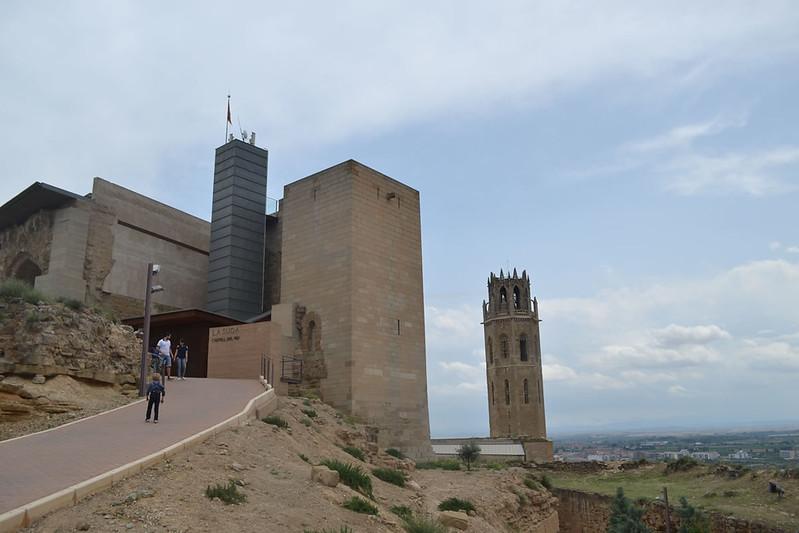 Subida al Castillo de Rey o la Suda