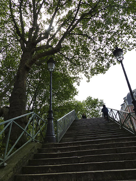 escalier canal saint martin