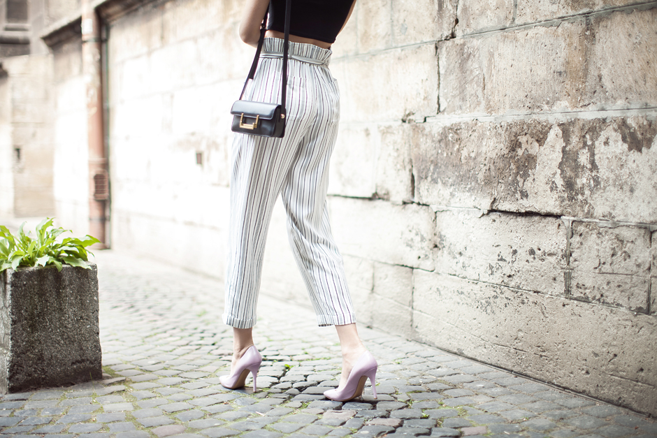 paperbag-waist-pants-outfir-street-style