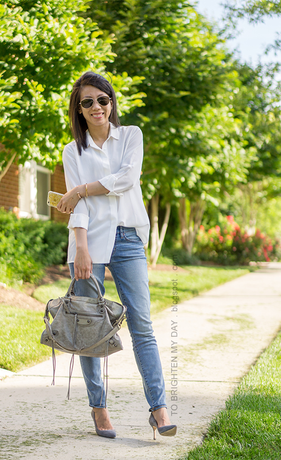 white boyfriend silk button up shirt, lightwash skinny jeans, gray bag, gray suede pumps