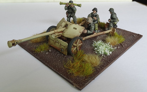 Bolt Action - US M5 Gun & Pak40