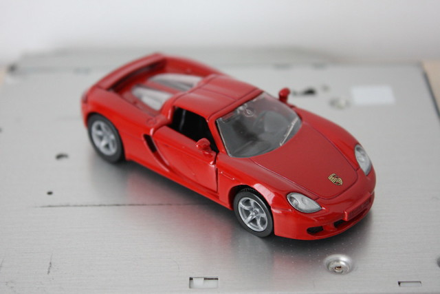 [Siku] Porsche Carrera GT