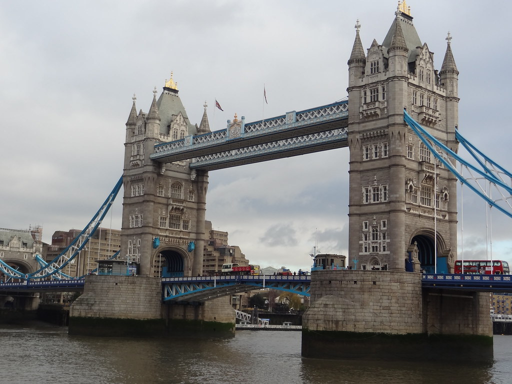 Tower Bridge - Copyright Travelosio